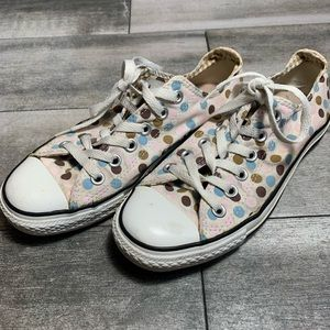 {Converse} dot pattern canvas low tops
